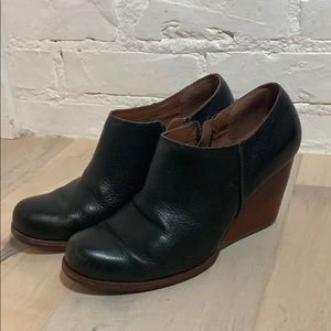 Kirk-Ease Black and Brown Leather Booties 8.5
